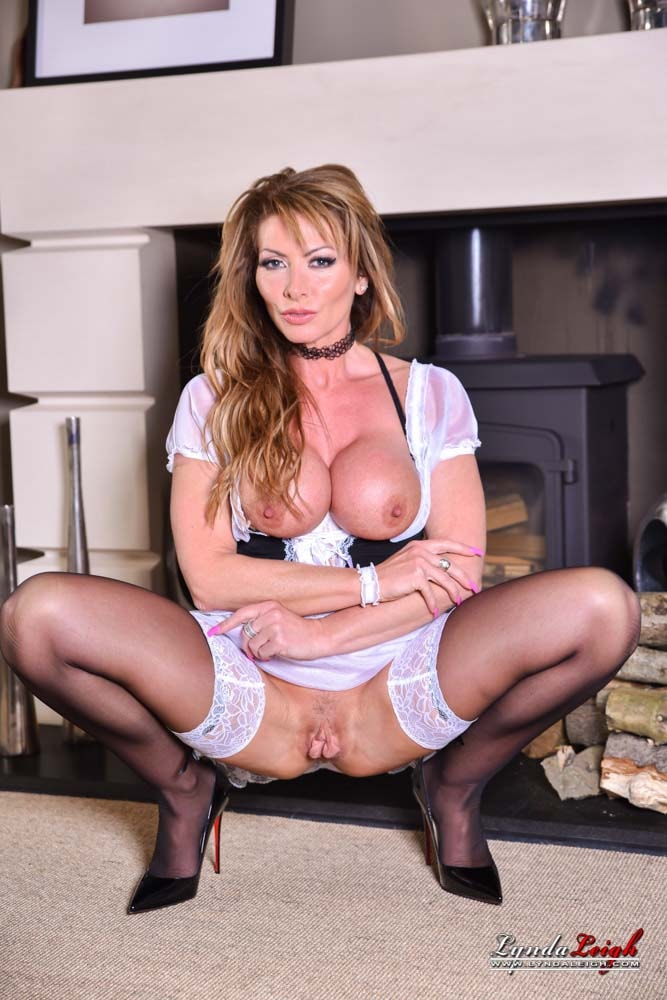 Lynda Leigh 'Naughty Maid' starring Lynda Leigh (photo 16)