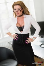 Lynda Leigh - Office Interview (Thumb 02)