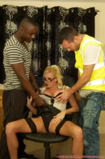 Michelle Thorne - Michelle Office Threesome (Thumb 05)