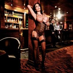 Emily B in 'Daring Sex' The Velvet Lounge (Thumbnail 5)