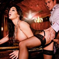 Emily B in 'Daring Sex' The Velvet Lounge (Thumbnail 9)