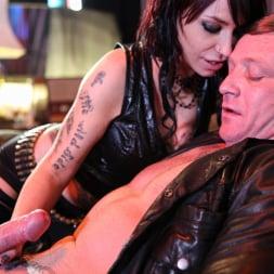 Gina Snake in 'Daring Sex' Ink 02 (Thumbnail 4)