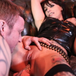 Gina Snake in 'Daring Sex' Ink 02 (Thumbnail 6)