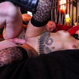 Gina Snake in 'Daring Sex' Ink 02 (Thumbnail 15)
