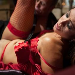 Hannah Shaw in 'Daring Sex' Warm Embrace (Thumbnail 7)