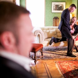 Holly Kiss in 'Daring Sex' MILF - A Darker Side (Thumbnail 3)