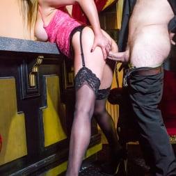 Holly Kiss in 'Daring Sex' The Tudor Lounge (Thumbnail 11)