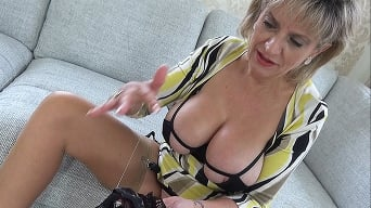 Lady Sonia in 'Aunt Sonia Masturbates With Her Panties Filled With Her Nephews Cum'