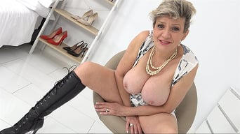 Lady Sonia in 'Bitch In Boots'
