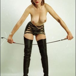 Lady Sonia in 'Lady Sonia' Booted dominatrix (Thumbnail 3)