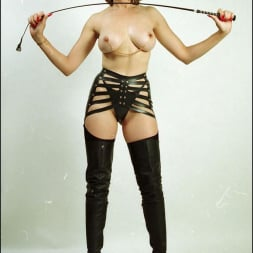 Lady Sonia in 'Lady Sonia' Booted dominatrix (Thumbnail 4)