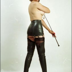 Lady Sonia in 'Lady Sonia' Booted dominatrix (Thumbnail 7)