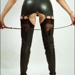 Lady Sonia in 'Lady Sonia' Booted dominatrix (Thumbnail 8)