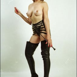 Lady Sonia in 'Lady Sonia' Booted dominatrix (Thumbnail 11)