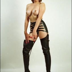 Lady Sonia in 'Lady Sonia' Booted dominatrix (Thumbnail 13)