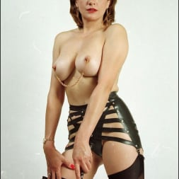 Lady Sonia in 'Lady Sonia' Booted dominatrix (Thumbnail 14)
