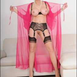 Lady Sonia in 'Lady Sonia' Busty lingerie milf (Thumbnail 12)