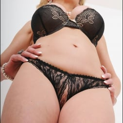 Lady Sonia in 'Lady Sonia' Busty lingerie milf (Thumbnail 9)