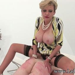 Lady Sonia in 'Lady Sonia' Busty milf domina (Thumbnail 7)