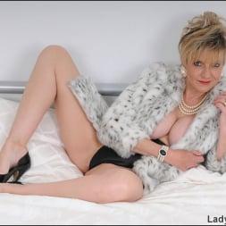 Lady Sonia in 'Lady Sonia' Classy fur coat milf (Thumbnail 3)