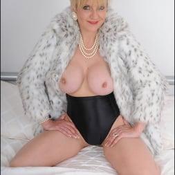 Lady Sonia in 'Lady Sonia' Classy fur coat milf (Thumbnail 12)