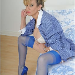 Lady Sonia in 'Lady Sonia' Classy lingerie milf (Thumbnail 7)