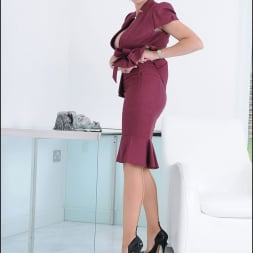 Lady Sonia in 'Lady Sonia' Cleavage and nylons (Thumbnail 6)