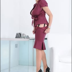 Lady Sonia in 'Lady Sonia' Cleavage and nylons (Thumbnail 8)