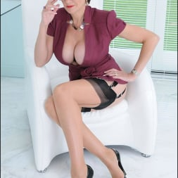 Lady Sonia in 'Lady Sonia' Cleavage and nylons (Thumbnail 13)