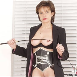 Lady Sonia in 'Lady Sonia' Corset mistress (Thumbnail 9)