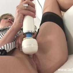 Lady Sonia in 'Lady Sonia' Electric orgasm milf (Thumbnail 6)