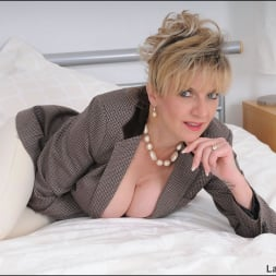 Lady Sonia in 'Lady Sonia' Equestrian mature (Thumbnail 2)