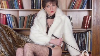 Lady Sonia in 'Fur and latex milf'