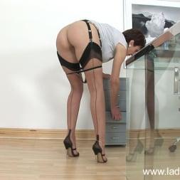 Lady Sonia in 'Lady Sonia' Hot ass leggy milf (Thumbnail 9)