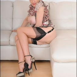 Lady Sonia in 'Lady Sonia' Hot trophy wife (Thumbnail 11)