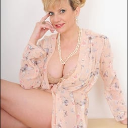 Lady Sonia in 'Lady Sonia' Hot wife in lingerie (Thumbnail 4)
