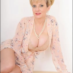 Lady Sonia in 'Lady Sonia' Hot wife in lingerie (Thumbnail 5)