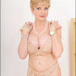 Lady Sonia in 'Lady Sonia' Hot wife in lingerie (Thumbnail 11)