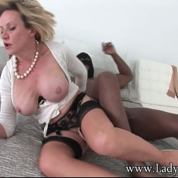 Lady Sonia in 'Lady Sonia' Interracial milf (Thumbnail 4)