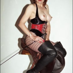 Lady Sonia in 'Lady Sonia' Latex and boots (Thumbnail 10)