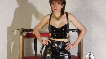Lady Sonia in 'Latex and nylon'