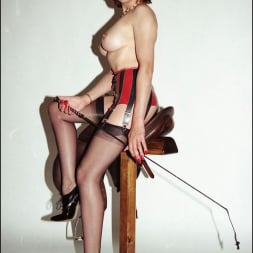 Lady Sonia in 'Lady Sonia' Latex and nylons (Thumbnail 5)