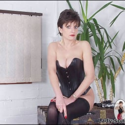Lady Sonia in 'Lady Sonia' Leather corset milf (Thumbnail 9)