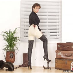 Lady Sonia in 'Lady Sonia' Leather thigh boots (Thumbnail 5)