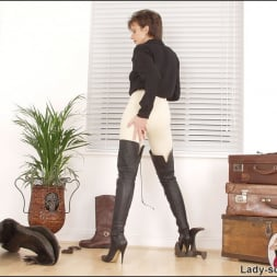 Lady Sonia in 'Lady Sonia' Leather thigh boots (Thumbnail 7)