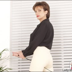 Lady Sonia in 'Lady Sonia' Leather thigh boots (Thumbnail 8)