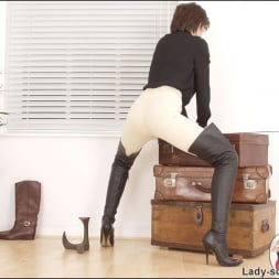 Lady Sonia in 'Lady Sonia' Leather thigh boots (Thumbnail 9)