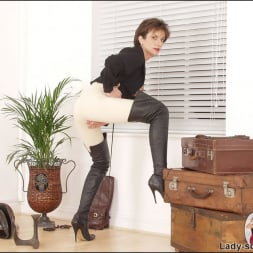 Lady Sonia in 'Lady Sonia' Leather thigh boots (Thumbnail 14)