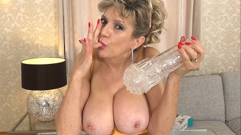 Lady Sonia in 'Let Me Lick Your Fleshlight Clean'