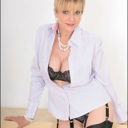 Lady Sonia in 'Lady Sonia' Lingerie and nylons (Thumbnail 2)